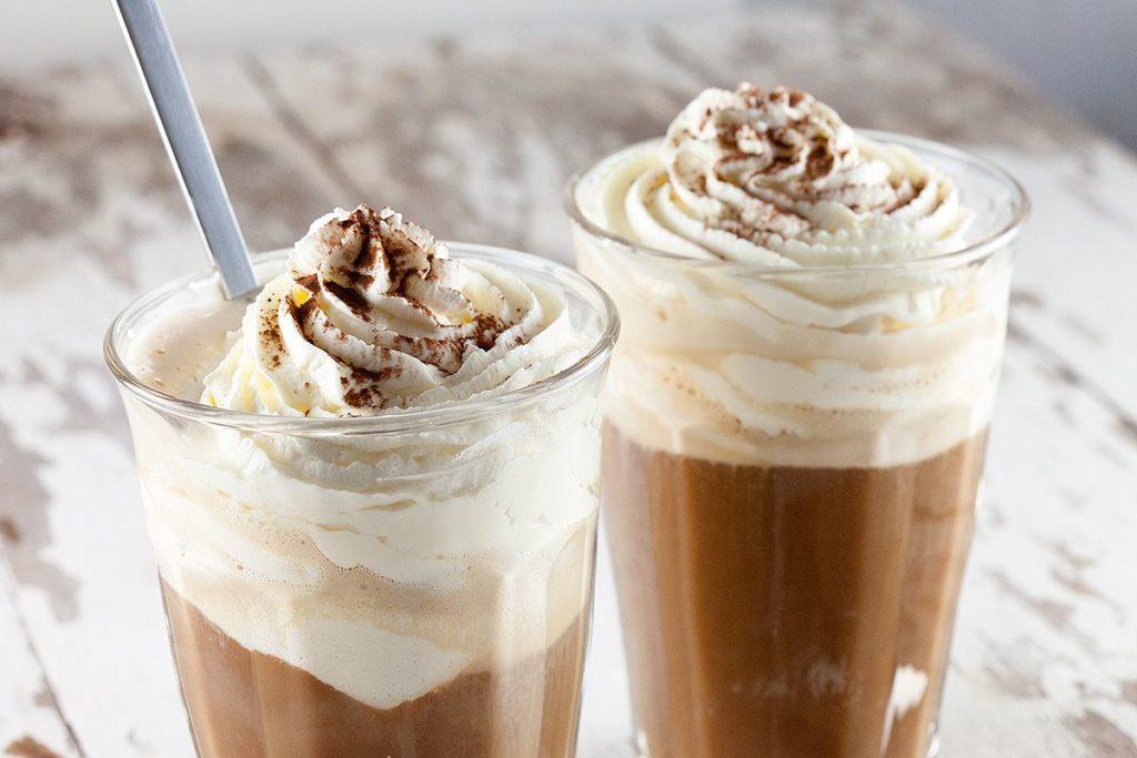 Vanille Ice Cream hot Coffee, Flor Coffee, projet branding, café , portfolio